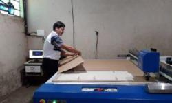 Instalação Mesa de Corte Modelo Jumbo 2500 – Cartonagem Padrão